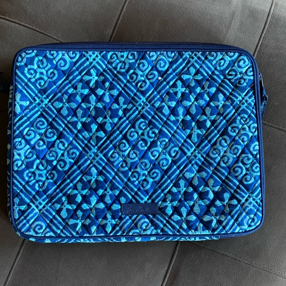Never Used- Vera Bradley - Computer Carrying Case